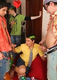 The best way to starts an awesome orgy is to invite a decent dancer!